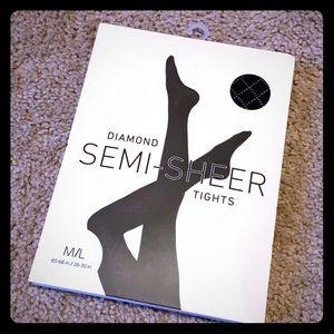 Diamond Patterned Semi-Sheer Black Tights 🧡